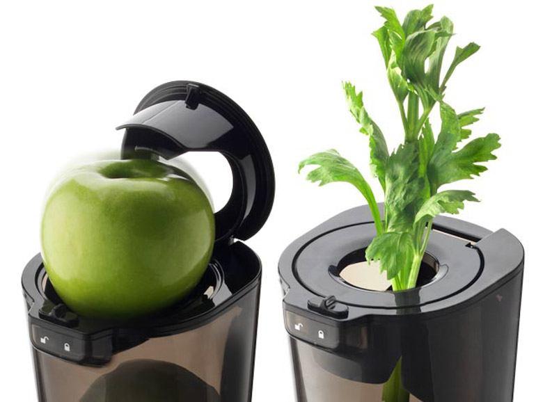 Szeroki 82 mm wlot w wyciskarkce Evolution sprawia, że nie trzeba kroić składników na drobne kawałki. Wyciskaj sok z całych owoców i warzyw