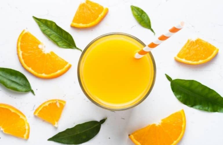 Zaskocz gości i przygotuj znakomite drinki i napoje na bazie ulubionych owoców.